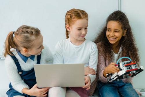 encouraging girls in to tech, STEM