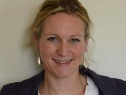 Caroline De Vos featured