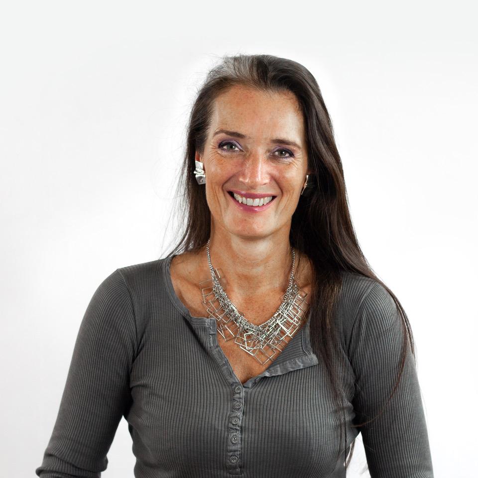 Suzanne Linton
