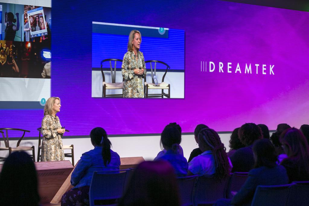 Victoria Neeson, Dreamtek